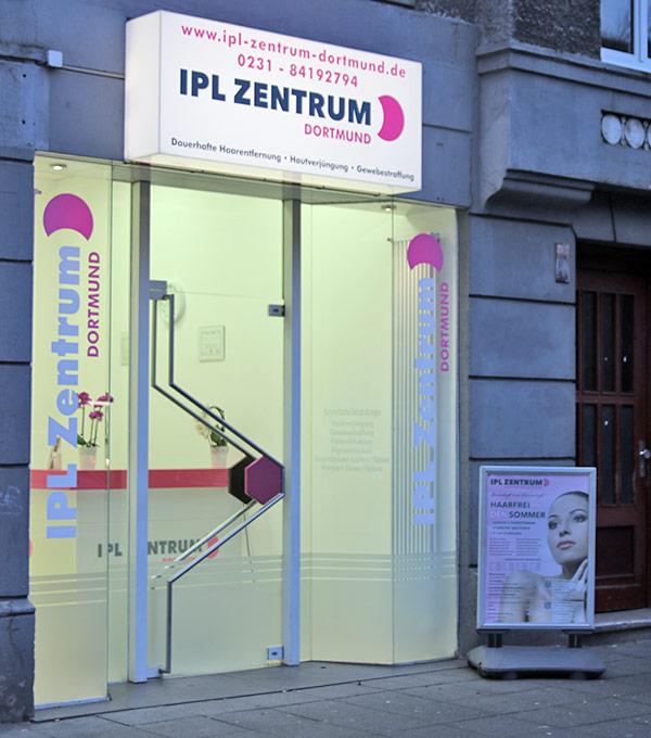 Eingang IPL Zentrum Dortmund
